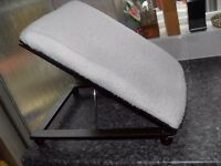 FOOTSTOOL ADJUSTABLE AS NEW CAN DELIVER