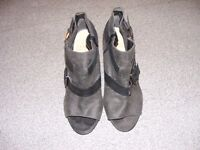 Ladies Next side zip fastened grey peep toe shoe boots with buckle detail size 5