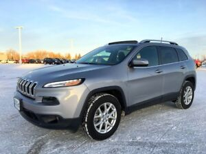 2016 Jeep Cherokee North 4WD *Heated Cloth* *Selec-Terrain*