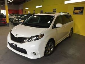 2011 Toyota Sienna SE 8 Passenger ~ SUNROOF ~ BACK-UP CAMERA ~ A