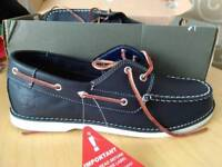 Genuin timberland shoes size 6