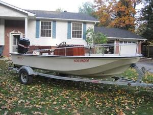 1985 Boston Whaler 17' Super Sport