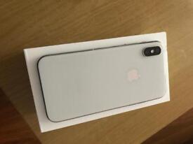 iPhone X 64gb Unlocked Silver 7 Months Apple warranty