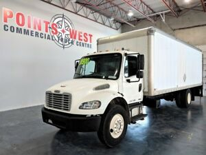 2009 Freightliner 24 FT Box M2 106 Med