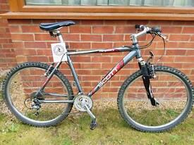 "Gents 19"" Scott, very lightweight aluminium mountain bike."
