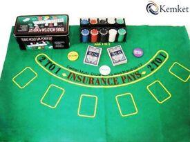 NEW Poker Set 200 Chips 2 Decks of Cards Playing Felt Dealer Button Chip Rack in a Poker Tin