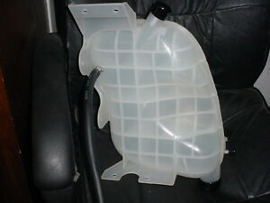 International Navistar 4200 4300 4700 4900 Radiator Surge Tank 2602935C91