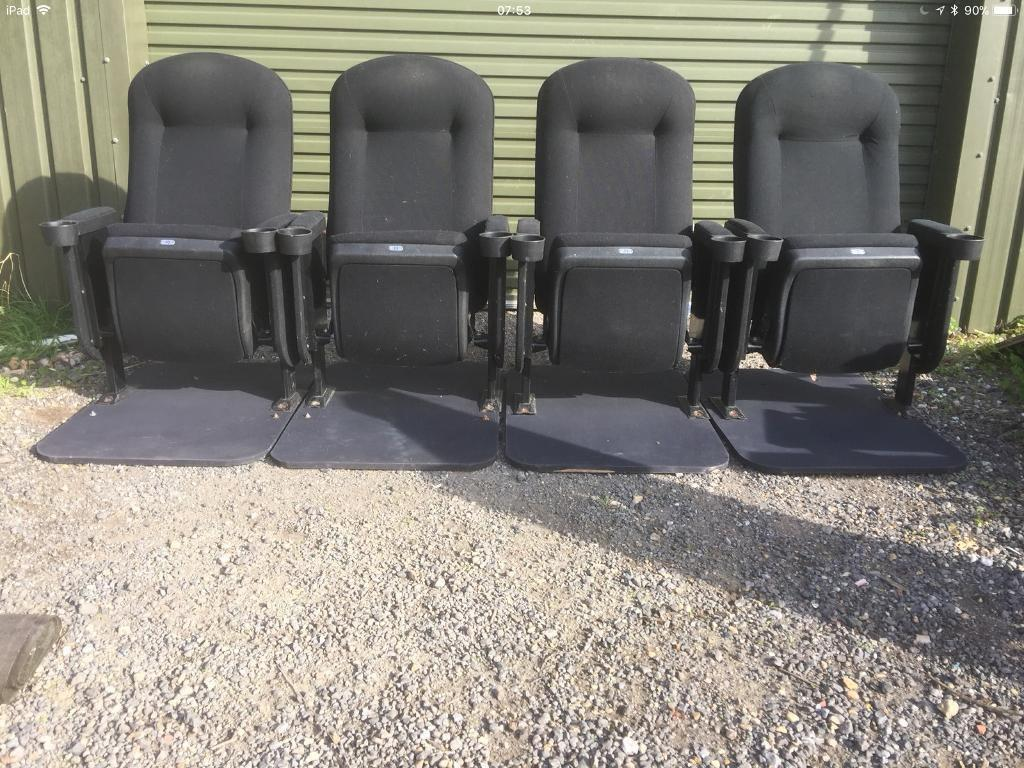 4 x cinema chairs / armchairs. Can deliver.