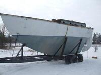 Kendall 32 - Bare Hull & Trailer