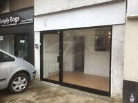 Takeaway shop with A5 hot food licence available to rent in Brentwood Essex