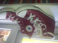 Women's Converse. size 6