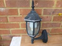 lovely vintage cast iron black outdoor light with bulb,very nice vintage solid light..