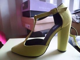 lime green suede shoes size 4