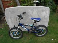 Magna blue 'flyzone' small childs 16 inch BMX bike