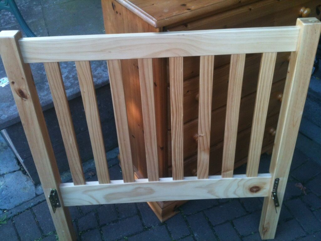 Pine single bed frame no mattress uk size in new for Beds glasgow