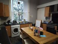 Student flat 10 minutes from university(Newington) for 383 a month