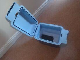 CAR COOLBOX / KEEP WARM BOX-12V-SMALL STYLE