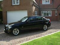 BMW 320D In gleaming black Full Service History
