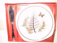 ROYAL WORCESTER SPODE PALISSY RANGE BUTTER DISH AND KNIFE BOXED SET
