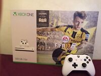 XBOX ONE S + FIFA 17 + CONTROLLER 500GB