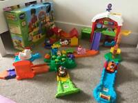 Toot Toot Animals Farm Set (like new and boxed)