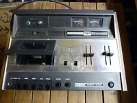 Akai GXC-46D Vintage Stereo Cassette Recorder Player Tape Deck.