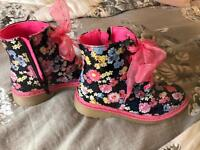 Dm style boots