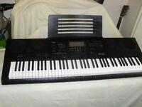 Casio WK-7600 keyboard..