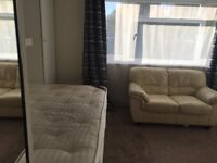 Large double room for a single person