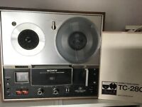 Sony TC280 reel to reel stereo tape recorder, in working order, includes manual.