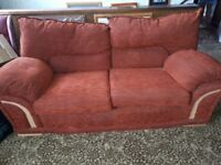 FREE FREE 2 x matching sofas in good condition