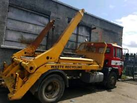 Volvo fl 2006 skip wagon breaking all parts available