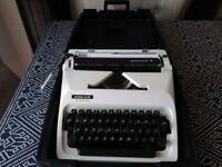 Adler Gabriele 10 typewriter