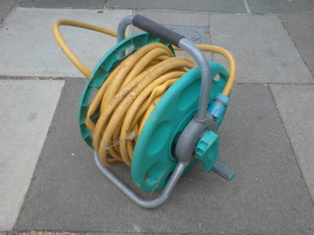 GARDEN HOSE & REEL | in West Ealing, London | Gumtree