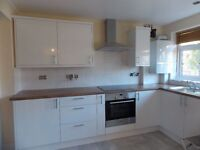 Amazing Three Bed With Private Garden Walking Distance To Tube and Rail Station Perfect For Sharers