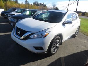 2017 Nissan Murano SV AWD, NAVI, PANORAMIC SUNROOF!