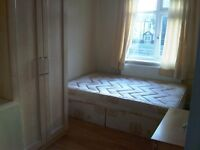 Large fully furnished double room in a new 2 bed flat close to middlesex uni and hendon tube