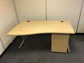 USED WAVE OFFICE DESKS. FREE FAST DELIVERY AND INSTALLATION