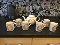 Hedgehog tea set