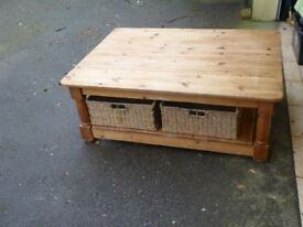 coffee table and 2 baskets