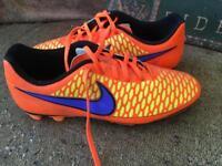 Nike Magista Football Boots (size 9)