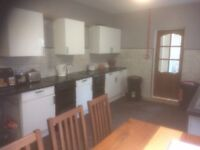 Princes Ave. DOUBLE room with EN SUITE. INC ALL BILLS & WIFI. NEW KITCHEN & FRESHLY DECORATED