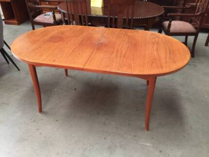 Dining table, extension table, Parker table, WE CAN DELIVER