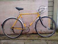 Vintage BSA racer bike needs work