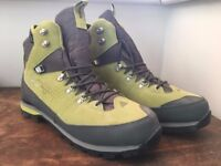 NEW: Dachstein Men's Hiking Boots. SIZE 11. Colour: Oasis/Graphite