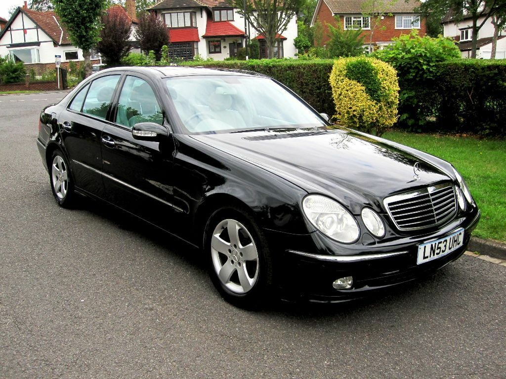 mercedes benz e270 cdi avantgarde 4dr 2003 53 reg saloon panoramic roof satnav sold in. Black Bedroom Furniture Sets. Home Design Ideas