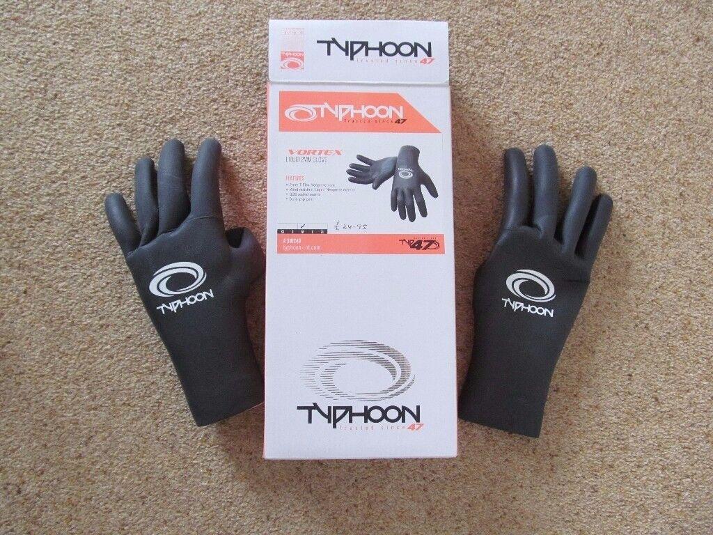 Brand new Typhoon Vortex Liquid 2mm wetsuit gloves size medium