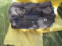 Travel Holdall x 2 Large