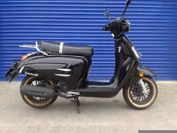 BRAND NEW 2017 WK BELLISSIMA 50CC MOPED FULLY REGISTERED AND READY TO RIDE AWAY