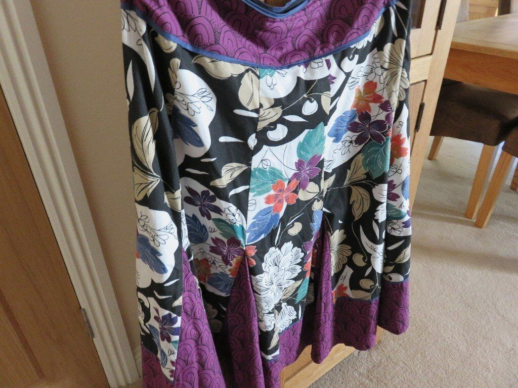 Two Phase Eight Skirts Size 14